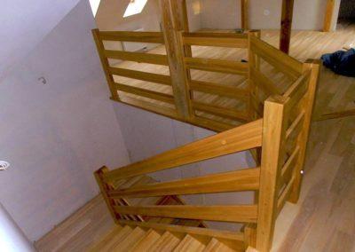 Schody wewnętrzne i balustrada