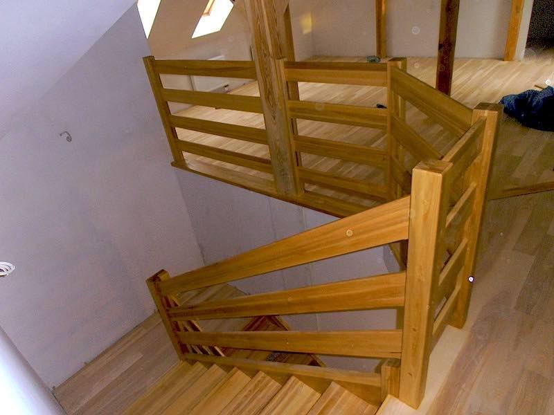 Schody Poznan Drewniane Balustrady Antresole Producent Schodow