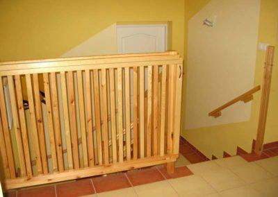 Balustrada na schodach w przedszkolu