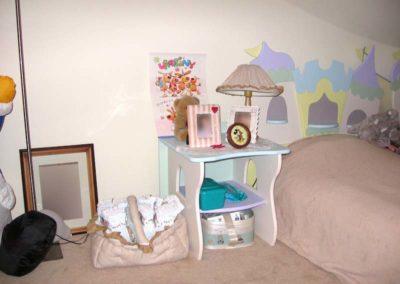 Stolik nocny do pokoju dziecka